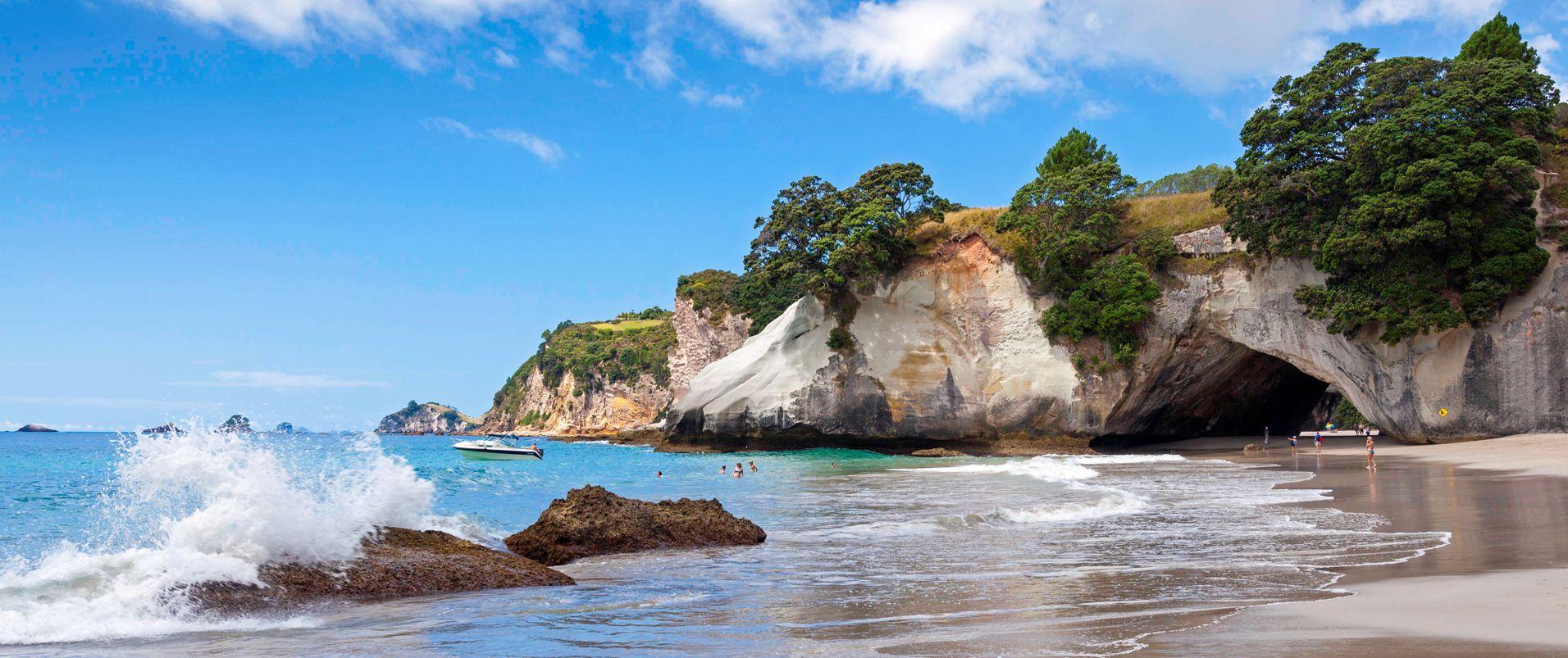 Tatahi Lodge Beach Resort Accommodation
